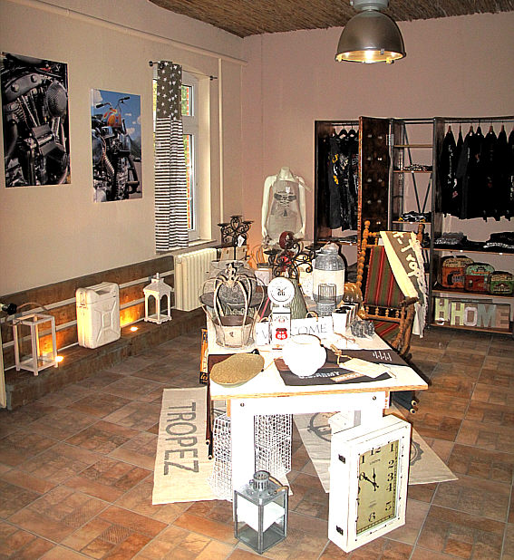 Area 37 galerie atelier foto design shop loft jeannie for Design wohnen shop